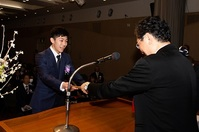 卒業生の吉成 名高さんがムエタイ500年の歴史に挑戦!